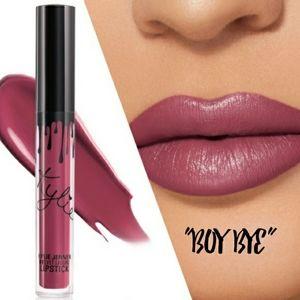 👋Kylie Cosmetics velvet lipstick in Boy Bye
